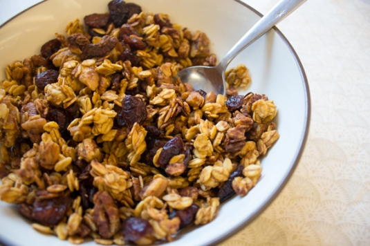 Anissa's Cranberry Pumpkin Granola - New Pi Eats